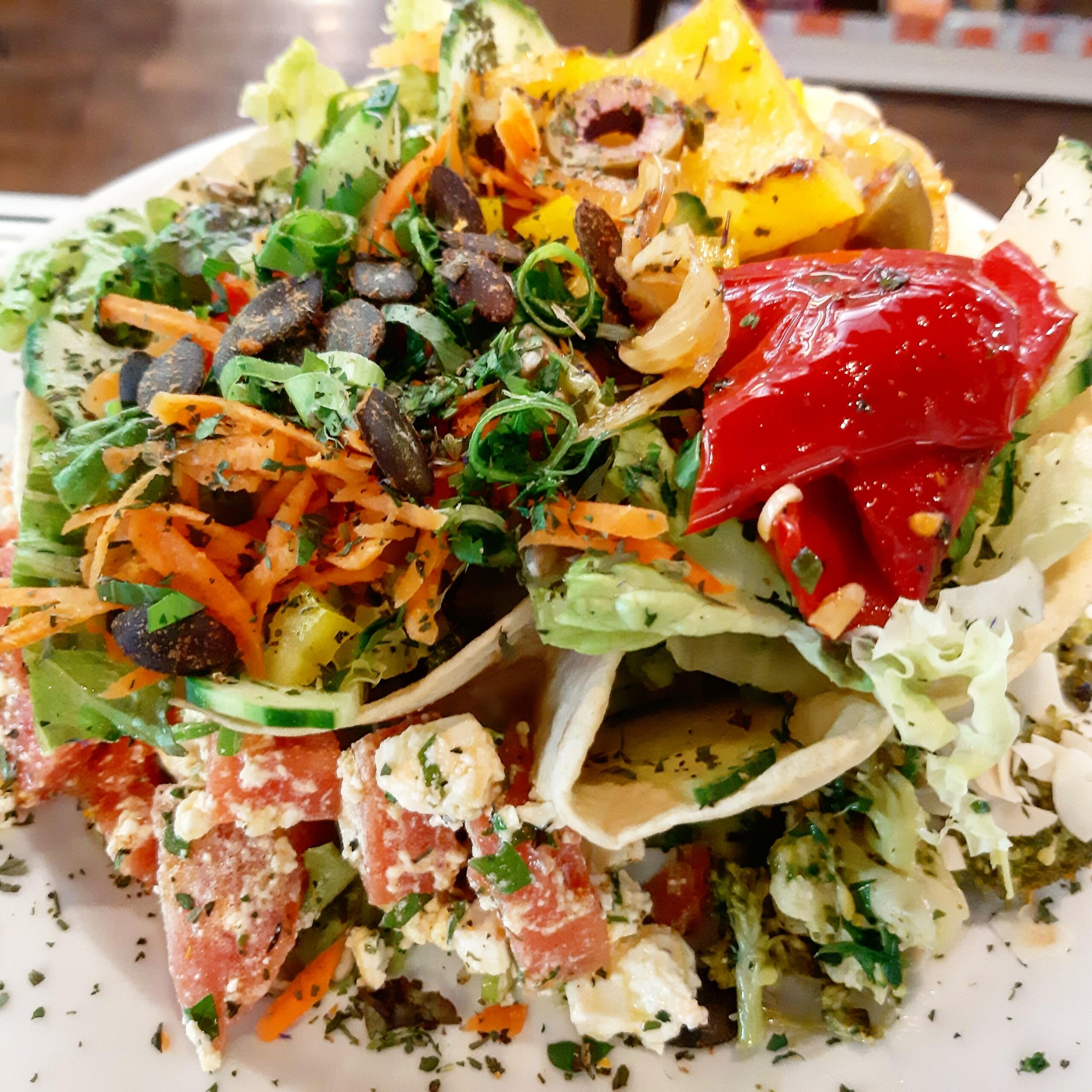 Bio-Salatteller - Mittagstisch Mittagessen Biodelikat Bad Tölz
