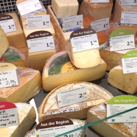 Große Auswahl Bio-Käse Biomarkt Biodelikat Bad Tölz